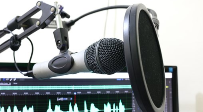 Do organic podcast promotion to increase listeners and plays